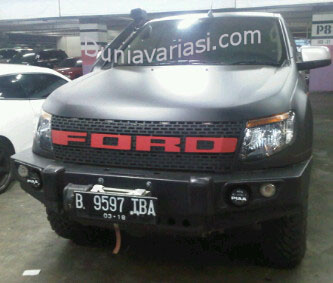GRILL MODEL RAPTOR TEBAL